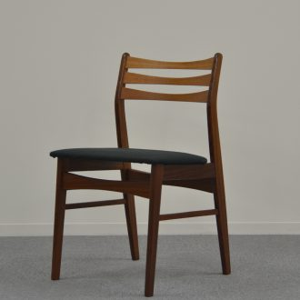 Dining chair / 北欧 / 黒布座面
